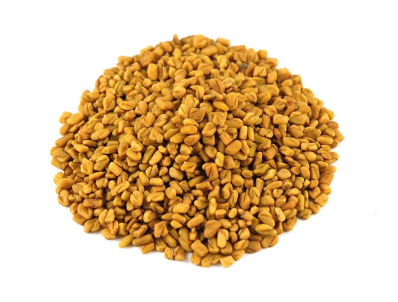 Fenugreek seeds for dandruff treatment
