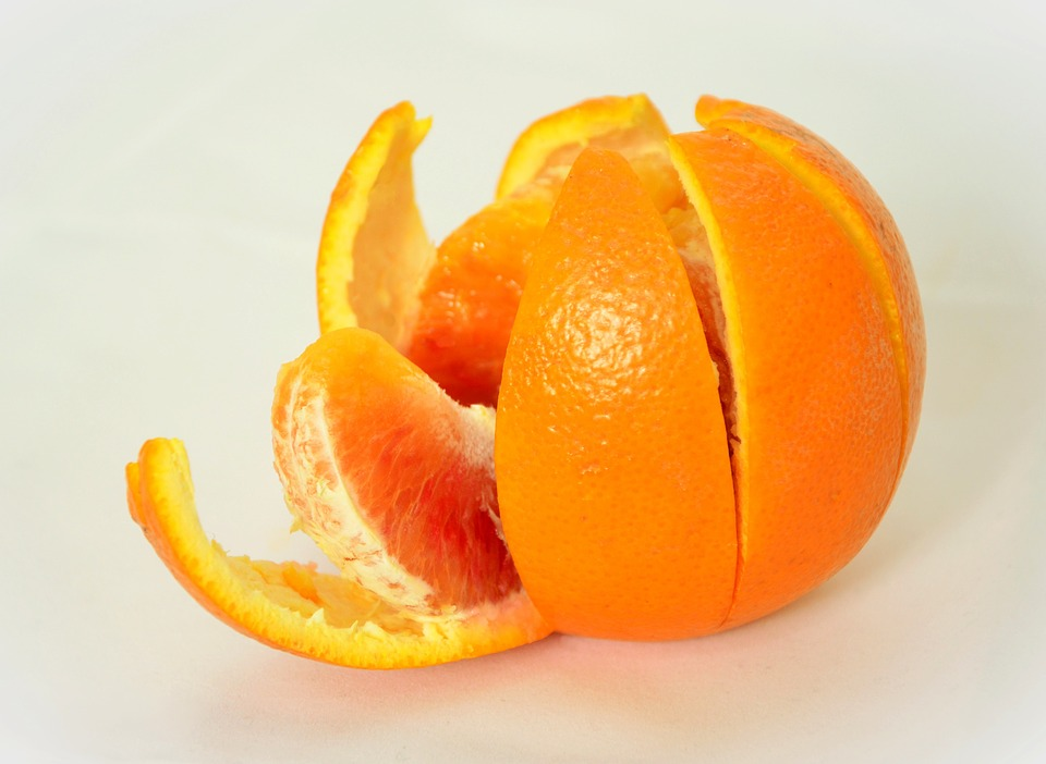 Oily and Acne Free Skin: Ways to Use Orange Peel Face Packs